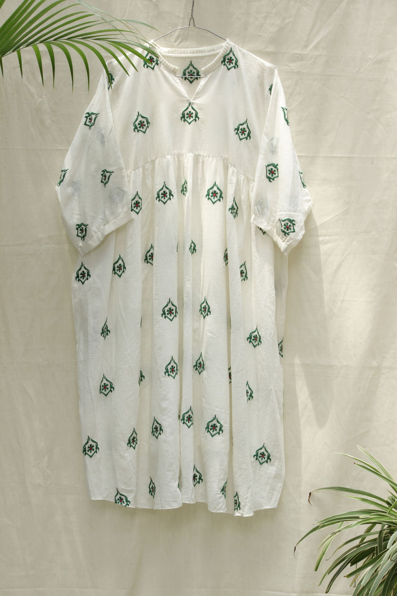 Green Buti Kaftan Dress