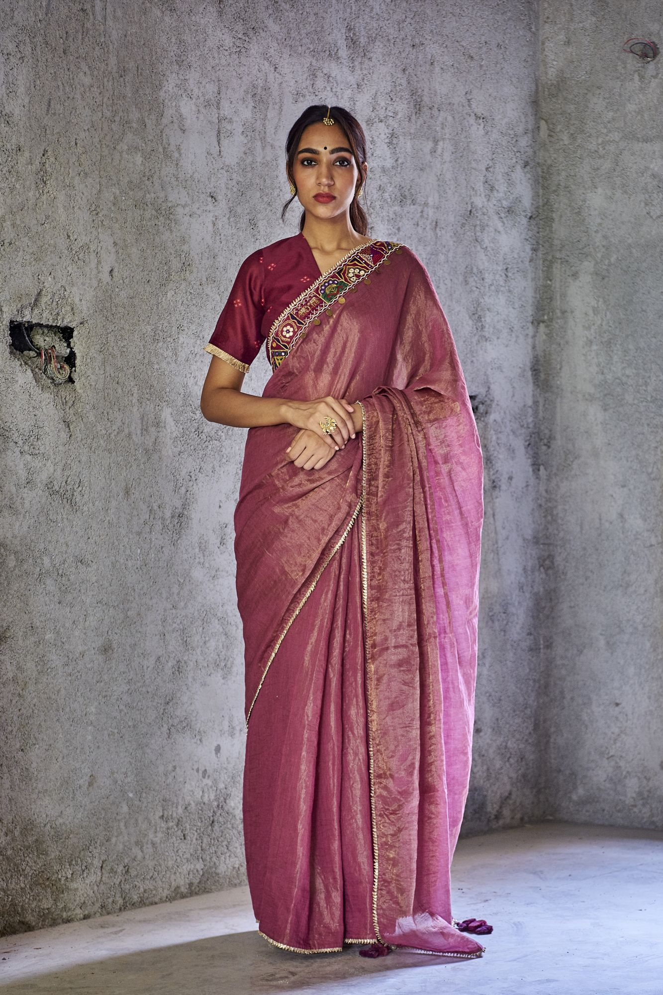 Shambhavi Saree With  Bandhani Print Blouse Pcs