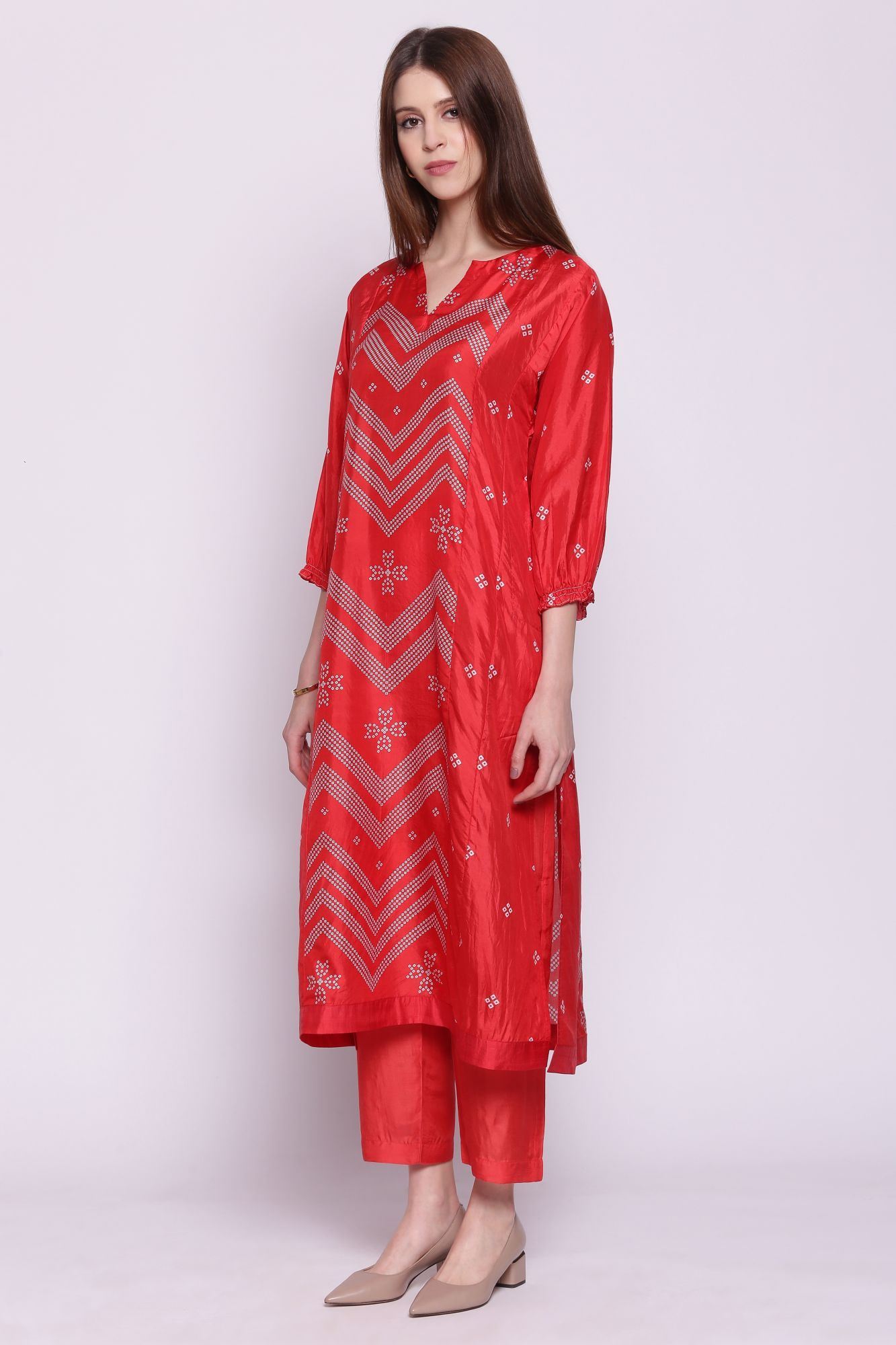 CHEVRON BANDHANI STRAIGHT KURTA WITH PANTS