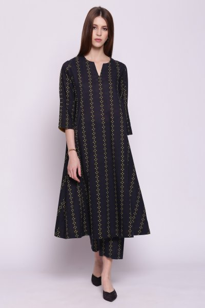 VERTICAL STRIPES BLACK AND OLIVE KALI KURTA