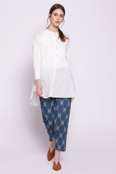 White Cotton Short Contemporary fit Kurta